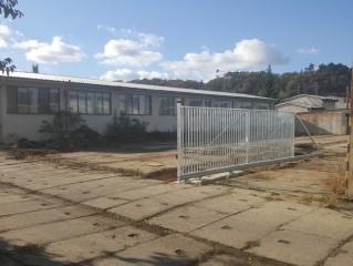 Servis Nelahozeves (Kralupy nad Vltavou) - nová vjezdová brána